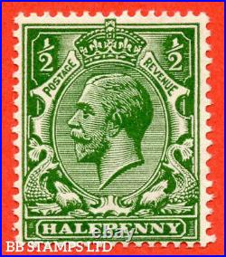 SG. 353 variety N14 (5). ½d Very Deep Green. A fine mounted mint example comple